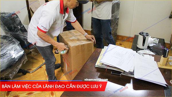 Chuyển văn phòng tòa nhà LINCO BUILDING - Võ Văn Tần, Quận 3, Bàn làm việc của lãnh đạo cần được lưu ý