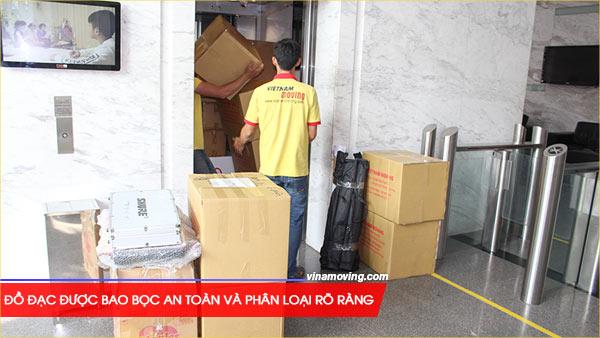 Dịch vụ chuyển nhà ở căn hộ chung cư Carina – quận 8, TPHCM, Đồ đạc được bao bọc an toàn và phân loại rõ ràng trước khi di chuyển