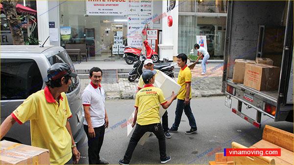 Vận chuyển an toàn đảm bảo đồ đạc của khách hàng-Cung cấp dịch vụ chuyển nhà trọn gói quận Phú Nhuận giá rẻ uy tín