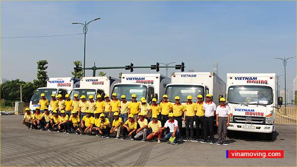 Cho thuê xe tải huyện Bình Chánh uy tín và chất lượng - Đội ngũ nhân viên cho thuê xe tải Vinamoving