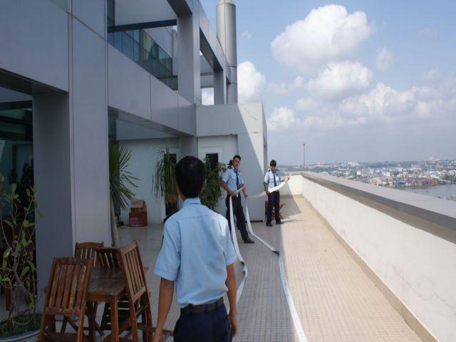Hướng dẫn chuyển đồ vật nhà cao ốc đảm bảo an toàn