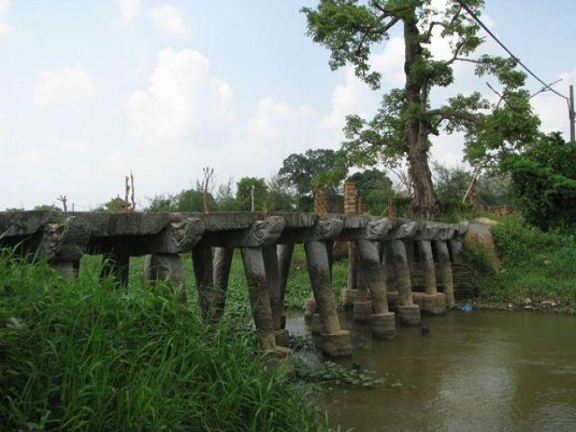 Từ Hà Nội đi Hưng Yên bao nhiêu km?