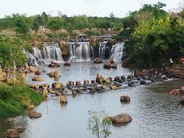Từ TP.Hồ Chí Minh đi thác Giang Điền bao nhiêu km?