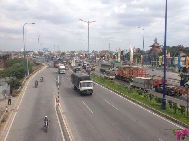 Từ TPHCM đi Đà Nẵng bao nhiêu km?