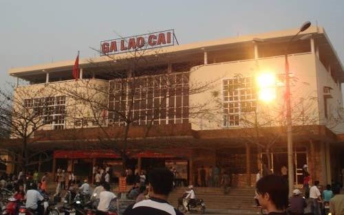 Từ Hà Nội đi SAPA bao nhiêu km?