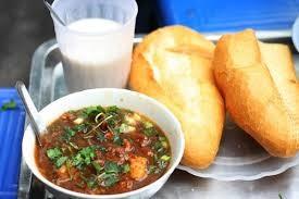 Top 10 quán ăn vặt ngon nhất Hà Nội