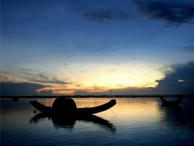 Từ Huế đi Phá Tam Giang bao nhiêu km?