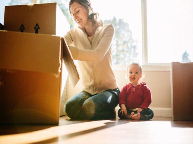 bảo vệ sức khỏe cho bé khi chuyển nhà