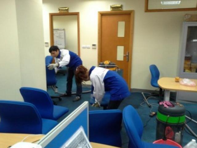 Cách vệ sinh văn phòng