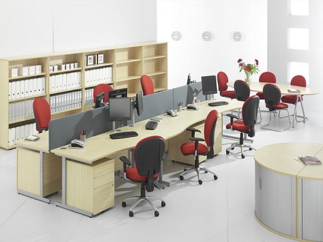 Cách vận chuyển bàn ghế văn phòng
