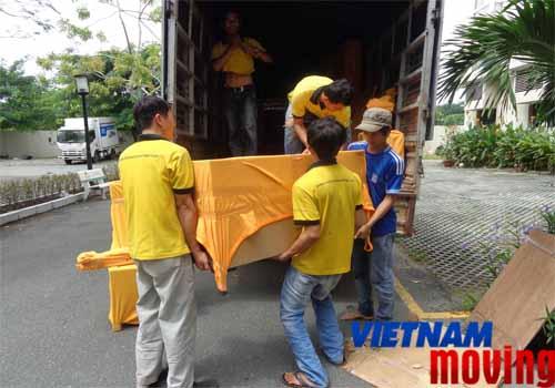 dịch vụ xe chở hàng