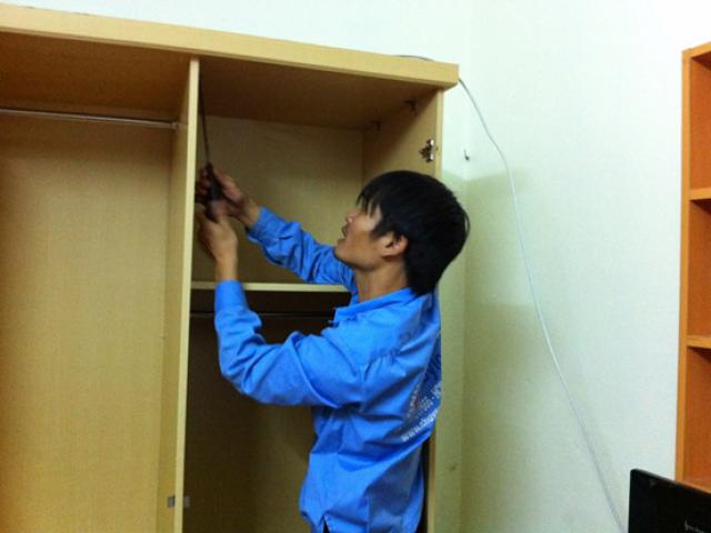 Cách vận chuyển tủ gỗ khi chuyển nhà nhanh chóng