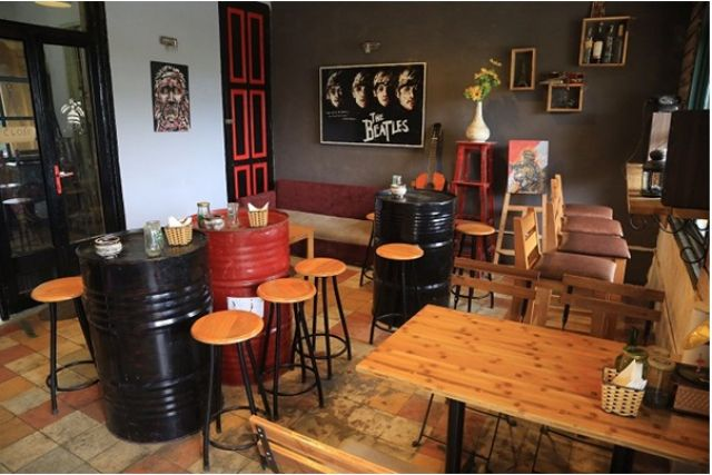 Dịch vụ chuyển quán cafe của Vietnam Moving