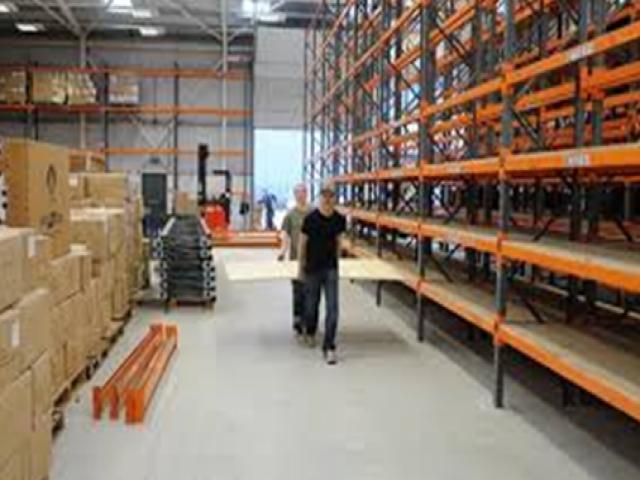 Dịch vụ chuyển kho xưởng Vina Moving