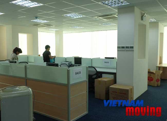 Công ty chuyển văn phòng trọn gói tại TPHCM