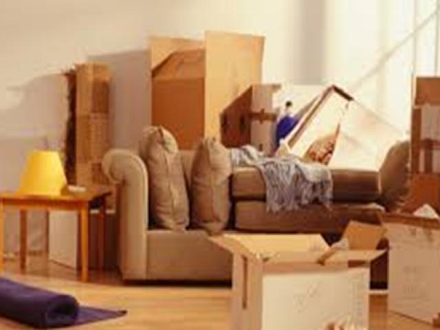 cuộc sống khó khăn của nhân viên chuyển nhà