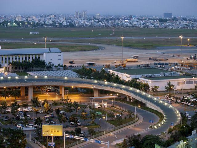 Từ Huế đi sân bay Đà Nẵng bao nhiêu km?