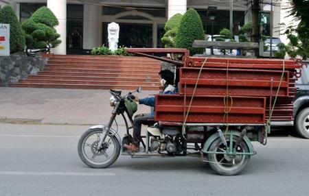 Vì sao taxi tải là phương tiện hiệu quả khi chuyển nhà, văn phòng?